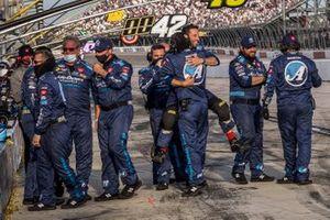 Joe Gibbs Racing celebra la victoria de Martin Truex Jr.