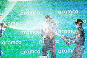 Dennis Hauger, Prema Racing, Matteo Nannini, HWA Racelab