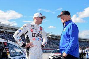 Kyle Busch, Coach Joe Gibbs, Joe Gibbs Racing, Toyota Camry M&M's Red, White & Blue