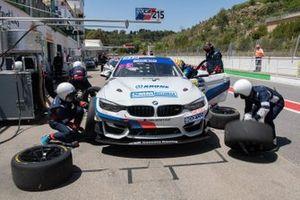 #215 Ceccato Motors Racing-BMW Team Italia, BMW M4 GT4: Nicola Neri, Giuseppe Fascicolo, Alfred Nilsson