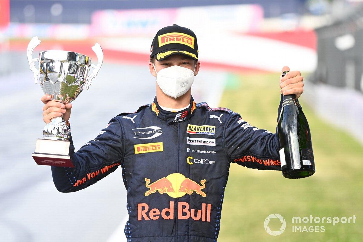 Tercer lugar Dennis Hauger, Prema Racing