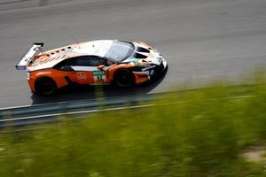 #82 GRT Grasser Racing Team Lamborghini Huracán GT3 Evo: Marco Mapelli, Tim Zimmermann