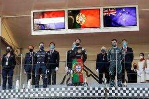 Robin Frijns, Envision Virgin Racing, secondo classificato, Antonio Felix Da Costa, DS Techeetah, primo classificato, Mitch Evans, Jaguar Racing, terzo classificato, sul podio