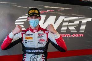 Ganador de la pole #32 Team WRT Audi R8 LMS GT3: Charles Weerts