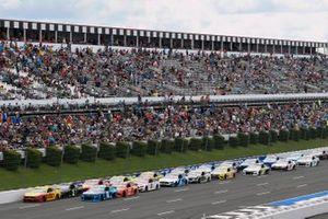 Joey Logano, Team Penske, Ford Mustang, Tyler Reddick, Richard Childress Racing, Chevrolet Camaro