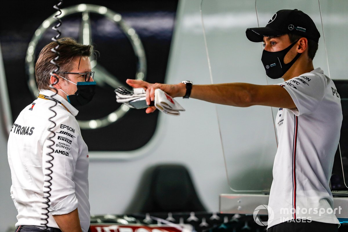 Peter Bonnington, Race Engineer, Mercedes AMG, and George Russell, Mercedes-AMG F1