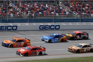 Ryan Preece, JTG Daugherty Racing, Chevrolet Camaro Kroger/Reese's, Bubba Wallace, 23XI Racing, Toyota Camry DoorDash, Joey Logano, Team Penske, Ford Mustang Autotrader