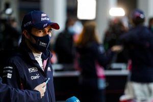 Tercero Sergio Pérez, Racing Point, en Parc Ferme