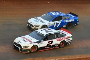 Brad Keselowski, Team Penske, Ford Mustang Discount Tire, Chris Buescher, Roush Fenway Racing, Ford Mustang Fastenal