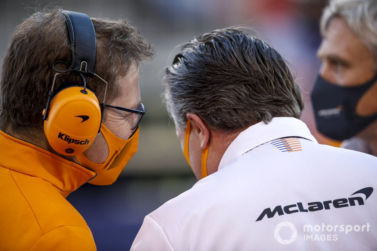 Andreas Seidl, Team Principal, McLaren, e Zak Brown, CEO, McLaren Racing