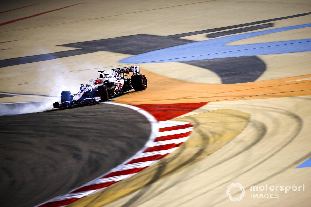 Nikita Mazepin, Haas VF-21, trompo en la Q1