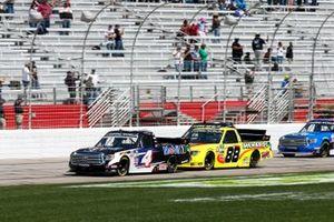 John Hunter Nemechek, Kyle Busch Motorsports, Toyota Tundra Mobil 1, Matt Crafton, ThorSport Racing, Toyota Tundra Flex Seal/Menards