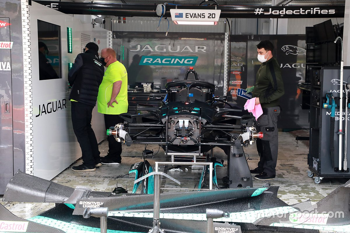 Jaguar Racing garage