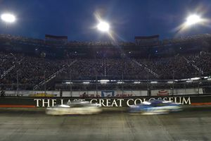 Brad Keselowski, Team Penske, Ford Fusion Miller Lite, Ricky Stenhouse Jr., Roush Fenway Racing, Ford Fusion Fastenal