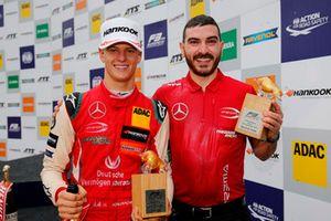 Podio: ganador de la carrera Mick Schumacher, PREMA Theodore Racing Dallara F317 - Mercedes-Benz