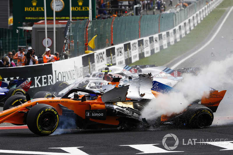 Nico Hulkenberg, causante de un gran accidente