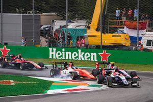 Pedro Piquet, Trident, Richard Verschoor, MP Motorsport, Giuliano Alesi, Trident at the start.