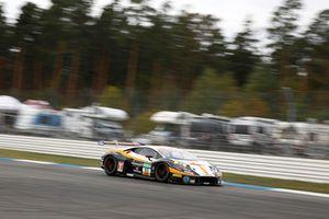#53 Team Rosberg Lamborghini Huracán GT3: Aaro Vainio, Michele Beretta