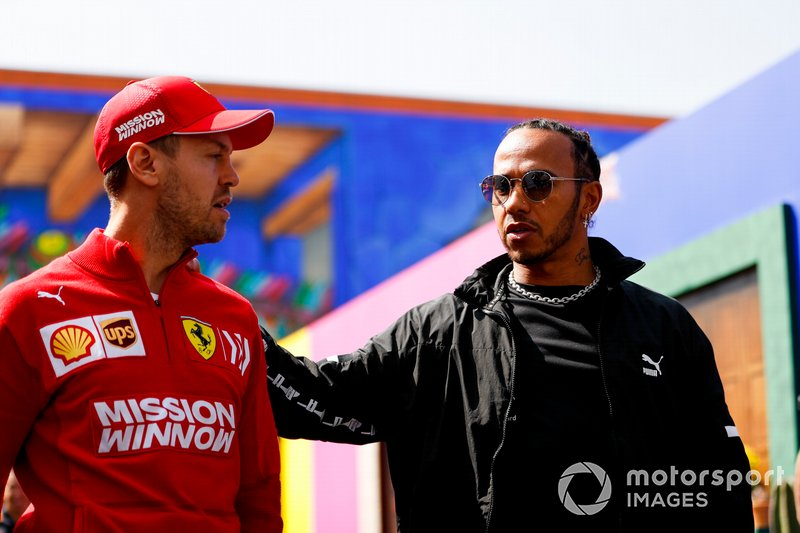 Sebastian Vettel, Ferrari, e Lewis Hamilton, Mercedes AMG F1