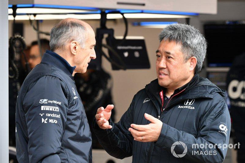 Franz Tost, Team Principal, AlphaTauri e Masashi Yamamoto, General Manager, Honda Motorsport