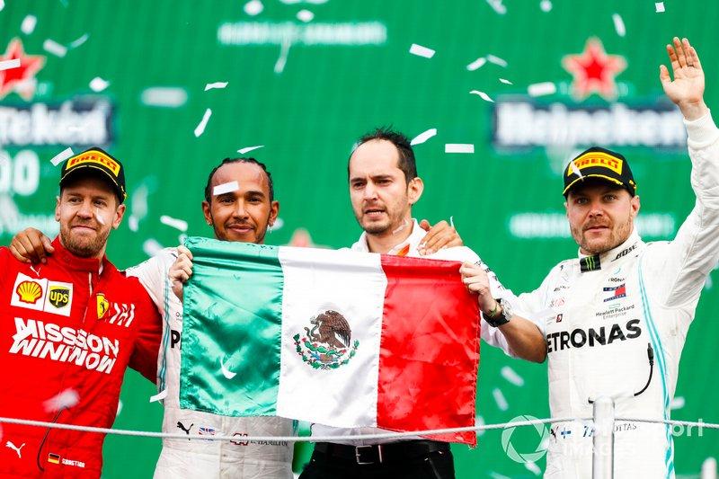 Podio: ganador de la carrera Lewis Hamilton, Mercedes AMG F1, segundo lugar Sebastian Vettel, Ferrari, Race y el segundo lugar Valtteri Bottas, Mercedes AMG F1