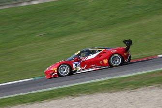 #198 Ferrari 488 Challenge, Formula Racing: Eric Cheung
