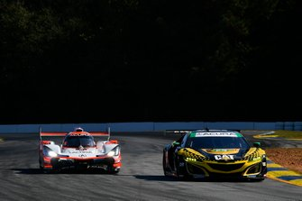 #57 Heinricher Racing w/Meyer Shank Racing Acura NSX GT3, GTD: Katherine Legge, Christina Nielsen, Bia Figueiredo #7 Acura Team Penske Acura DPi, DPi: Helio Castroneves, Ricky Taylor, Graham Rahal