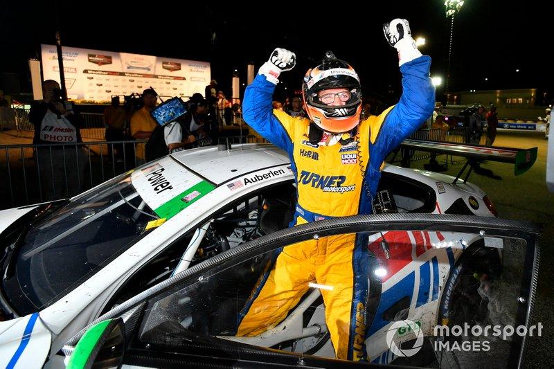 Il vincitore GTD, #96 Turner Motorsport BMW M6 GT3: Bill Auberlen