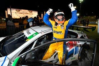 Winner GTD, #96 Turner Motorsport BMW M6 GT3: Bill Auberlen
