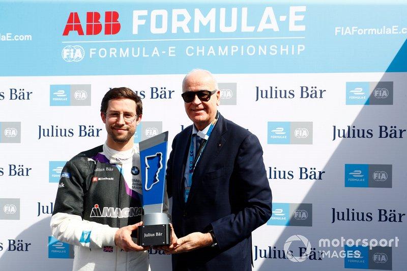 Обладатель поула Александр Симс, BMW i Andretti Motorsport