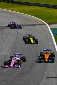 Sergio Perez, Racing Point RP19, Carlos Sainz Jr., McLaren MCL34, Nico Hulkenberg, Renault R.S.19, Daniil Kvyat, Toro Rosso STR14