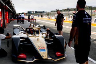 Antonio Felix da Costa, DS Techeetah, DS E-Tense FE20 in the pit lane