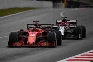 Charles Leclerc, Ferrari SF1000, devant Kimi Raikkonen, Alfa Romeo Racing C39