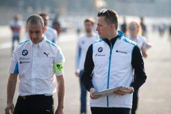 Maximilian Günther, BMW I Andretti Motorsports walks the track