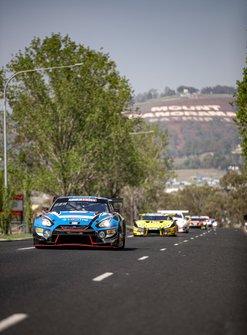 #35 KCMG Nissan GTR Nismo GT3: Josh Burdon, Katsumasa Chiyo, Tsugio Matsuda