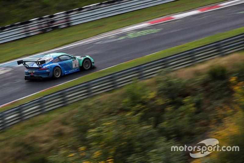 #4 Falken Motorsports Porsche 911 GT3 R: Jörg Bergmeister, Martin Ragginger