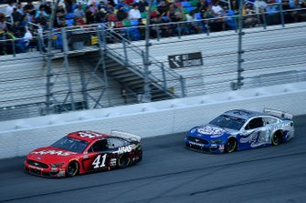 Cole Custer, Stewart-Haas Racing, Ford Mustang Haas Automation, Kevin Harvick, Stewart-Haas Racing, Ford Mustang Busch Light #PIT4BUSCH
