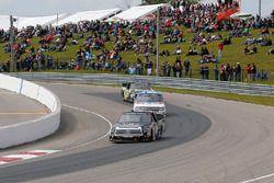 Christopher Bell, Kyle Busch Motorsports Toyota and John Hunter Nemechek, SWM-NEMCO Motorsports Chevrolet