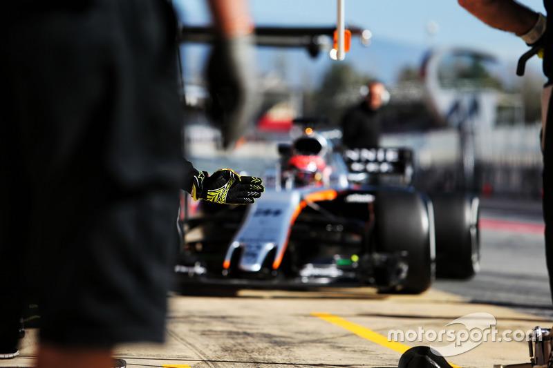 Mardi : Esteban Ocon, Sahara Force India F1 VJM10