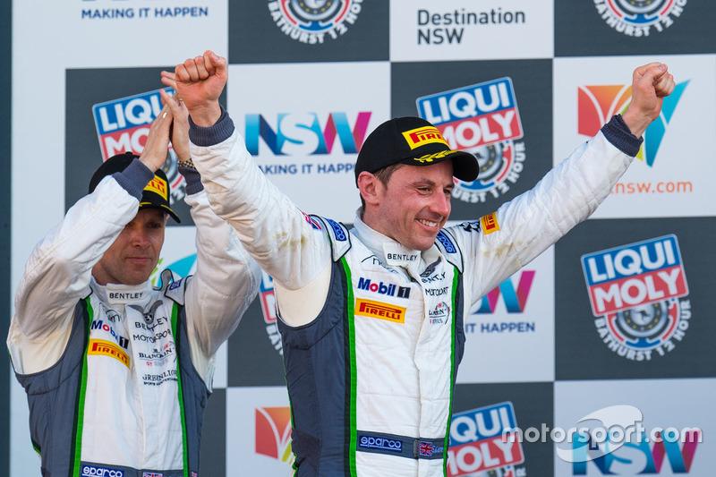 Podio #8 Bentley Team M-Sport, Bentley Continential GT3: Steven Kane