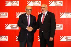 Carmelo Ezpeleta, CEO Dorna Sports dan Jordi Baiget, Menteri Bisnis dan Pengetahuan Catalunya