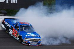 Stewart Friesen, Elaine Larsen Motorsports Chevrolet crashes