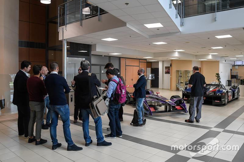 Visita alla fabbrica DS Virgin Racing