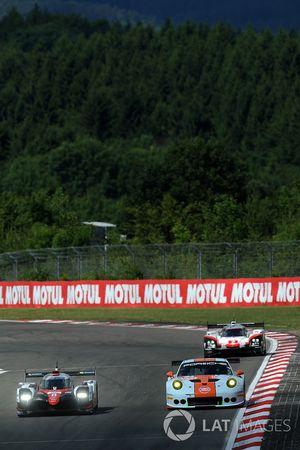#8 Toyota Gazoo Racing Toyota TS050 Hybrid: Anthony Davidson, Sébastien Buemi, Kazuki Nakajima, #86