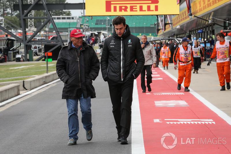 Niki Lauda, Presidente Non Esecutivo Mercedes AMG F1 e Toto Wolff, Direttore del Motorsport Mercedes AMG F1