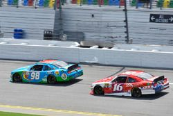 Casey Mears, Biagi-DenBeste Racing Ford and Ryan Reed, Roush Fenway Racing Ford