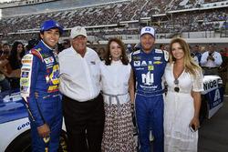 Chase Elliott, Hendrick Motorsports Chevrolet, Dale Earnhardt Jr., Hendrick Motorsports Chevrolet fr