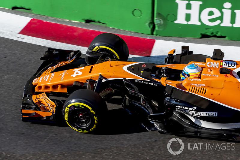 O primeiro sinal de alento veio no GP do Azerbaijão. Em corrida caótica, Alonso terminou em nono e marcou os primeiros pontos da equipe no ano.