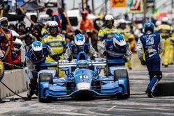 Tony Kanaan, Chip Ganassi Racing Honda pit stop