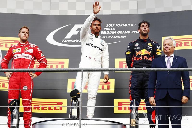 PÓDIOS: Ou seja, caso mantenha a média, Hamilton poderá bater o recorde de pódios da F1 em cerca de quatro anos, contabilizando um calendário anual de 20 provas.